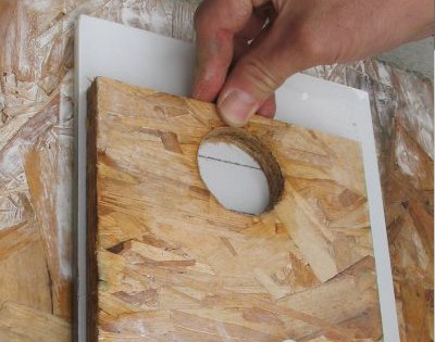 advanced-drilling-how-to-set-a-fixture-inside-a-large-format-tile-step-5-interstyle